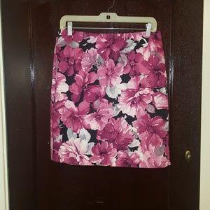 Jones New York skirt size 6